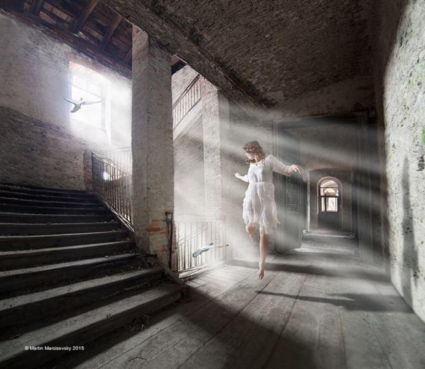 ABDÜKLKADİR BUDAK AŞK BENİ GEÇER© Martin Marcisovsky